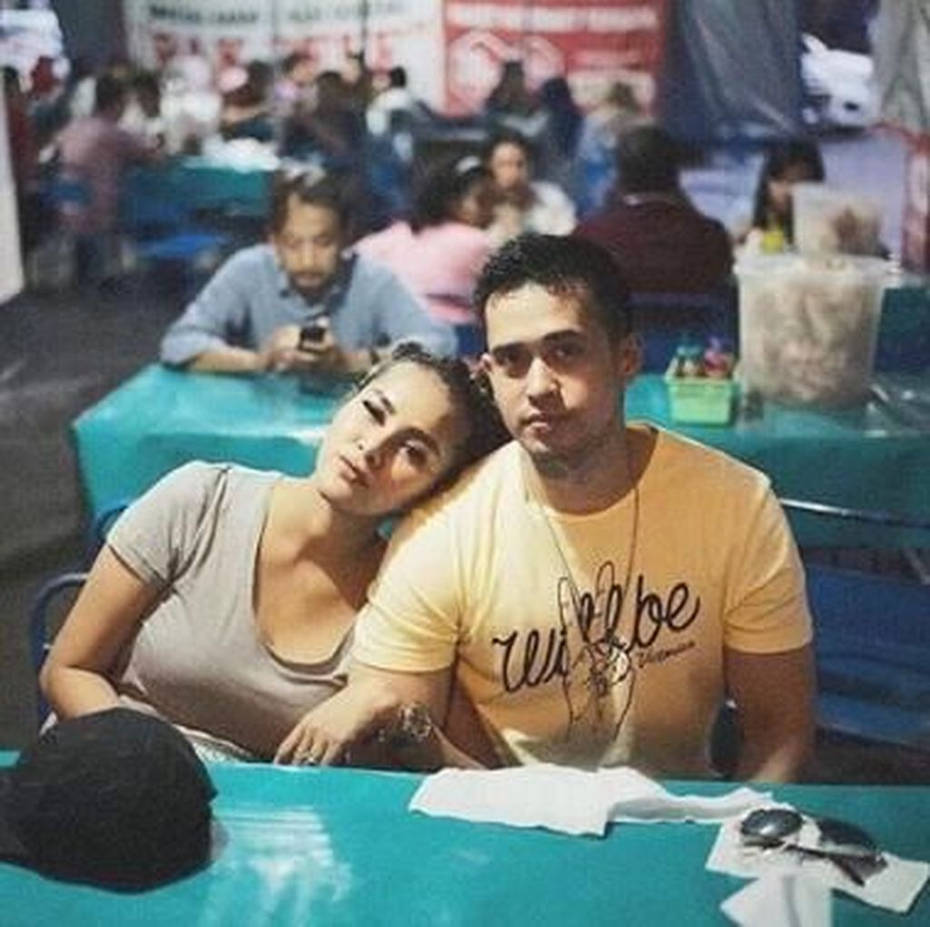 Suami Cemburu karena Adegan Mesra, Olla Ramlan: Ngambek Dielus-elus Aja