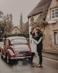 Mona dan Aaron sudah pacaran lebih dari 9 tahun (@monalogue/Instagram)