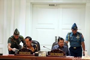 Jokowi Rapat Terkait Penurunan Kekurangan Gizi Balita