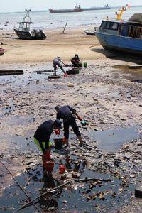 Pipa Patah Penyebab Minyak Tumpah di Balikpapan Sudah Tersambung