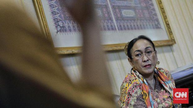 Sukmawati Soekarnoputri, di kantor Majelis Ulama Indonesia, Kamis (5/4).