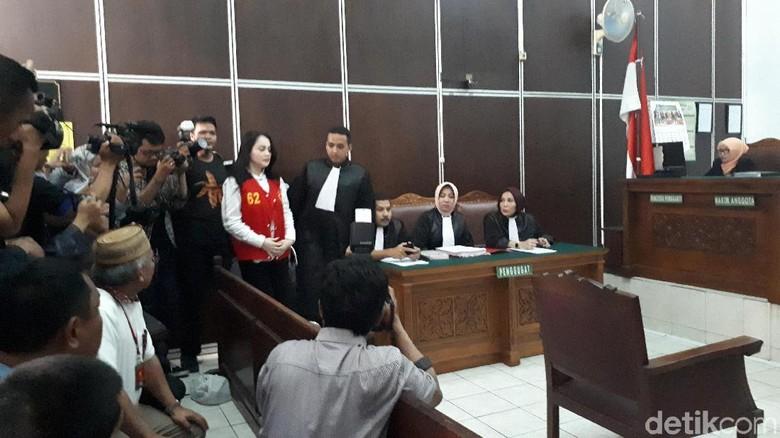 Kasus Sabu, Jennifer Dunn Didakwa 3 Pasal