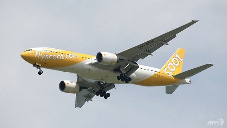 File photo of a Scoot airplane. (Photo: AFP)  Read more at https://www.channelnewsasia.com/news/singapore/thailand-bound-scoot-flight-returns-to-singapore-after-alleged-10107322