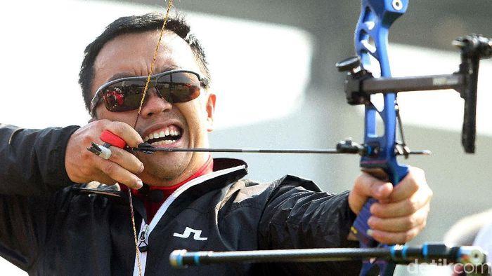 Menpora Imam Nahrawi menanggapi kritik Prabowo Subianto soal penyelenggaraan Asian Games 2018 di Indonesia (Foto: Rengga Sancaya/detikSport)