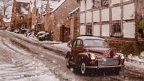 Foto: Keliling Inggris Pakai Mobil Klasik yang Kece