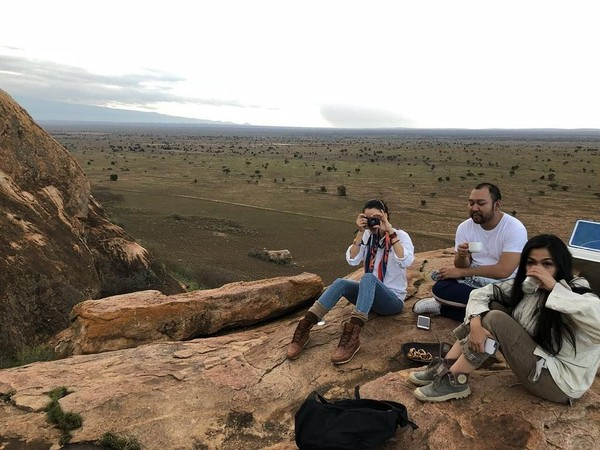 Selain Botswana, Nairobi di Kenya pun menjadi salah satu destinasi yang pernah didatangi Nadya dan timnya. Ada misi yang dibawanya saat bepergian ke Afrika (nadyahutagalung/Instagram)