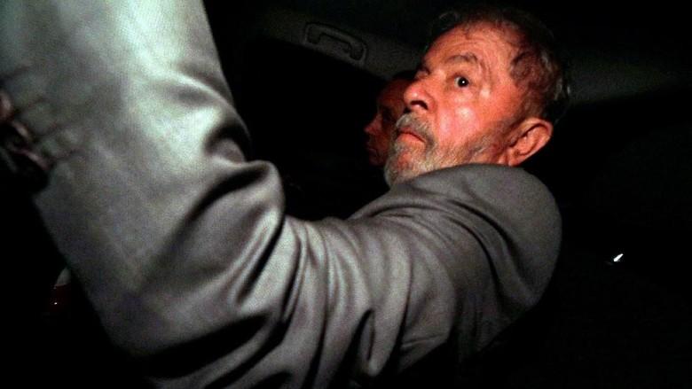 Eks Presiden Brasil Diberi 24 Jam untuk Serahkan Diri ke Polisi