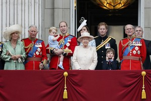 Anggota Keluarga Kerajaan Inggris Ternyata Belanja Bulanan Sendiri