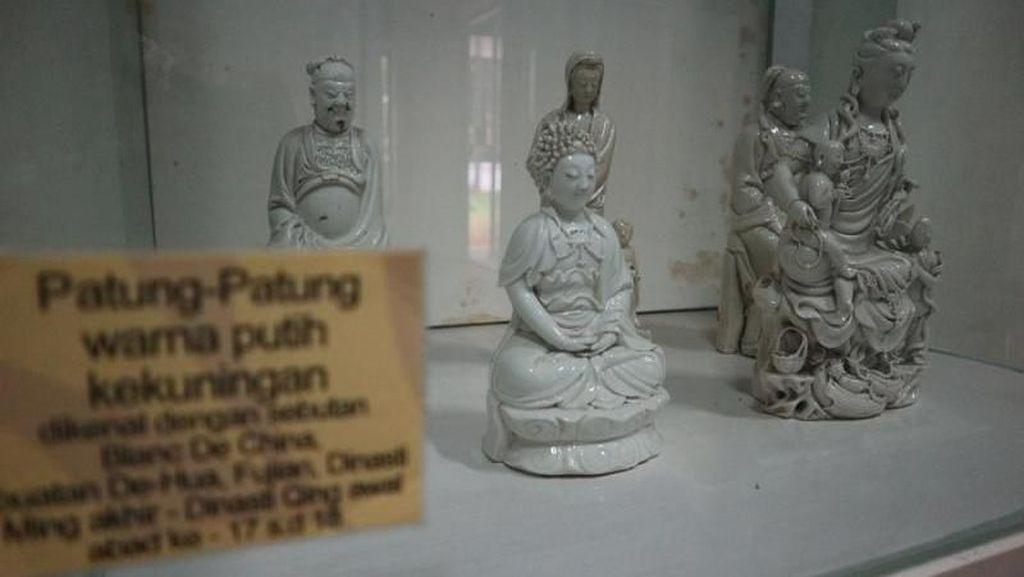 Tempat Melihat Keramik Kuno China di Jakarta