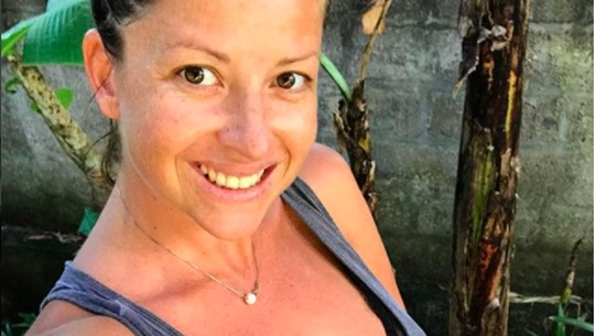 Jennifer Bachdim yang Makin Seksi, Istri Gaston Castano Melahirkan