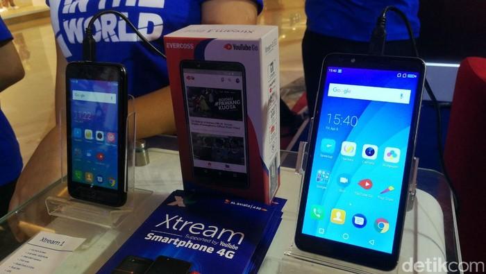 Evercoss Xtream 1 dan 1 Plus (Foto: detikINET/Muhammad Alif Goenawan)