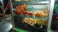 Di BKT Jakarta Timur Ada Yakitori, Telur Gulung hingga Seafood Lezat