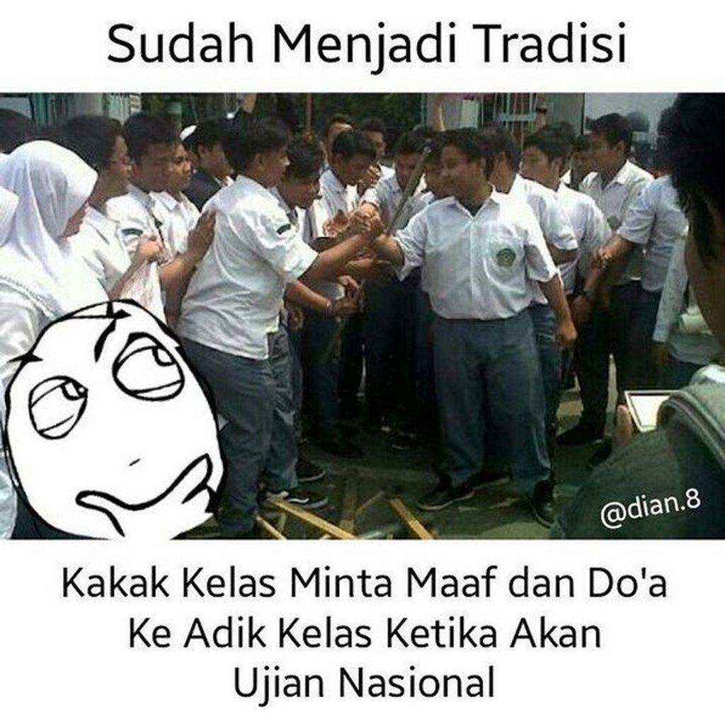 Sekolah kamu ada ritual begini? (Foto: Internet)