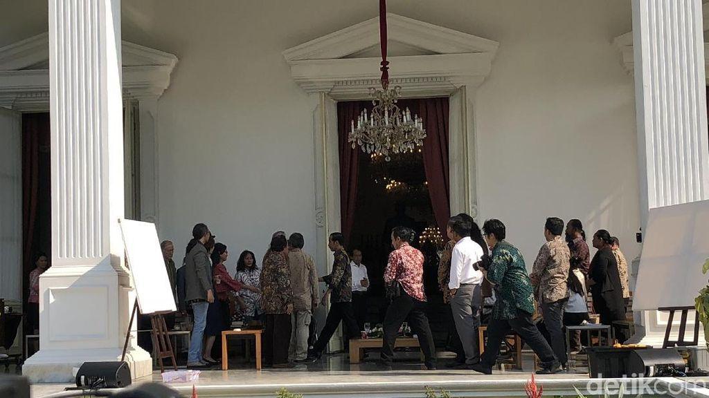 Budayawan Kumpul di Istana, Ngopi Bareng Jokowi