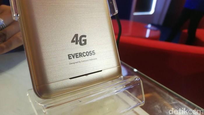 Ponsel 4G Evercoss (Foto: detikINET/Muhammad Alif Goenawan)