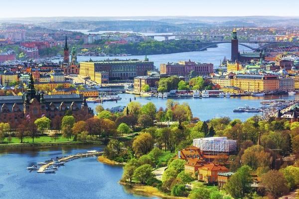 Kota keempat adalah Stockholm di Swedia. Kota ini memiliki tingkat polusi yang rendah dan kebahagiaan yang tinggi. Foto: (Thinkstock)