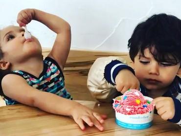 Lihat anak yang satu ini makan es krim, bisa-bisa kita ikutan ngiler nih, Bun. (Foto: Instagram/@iamvernonapop)