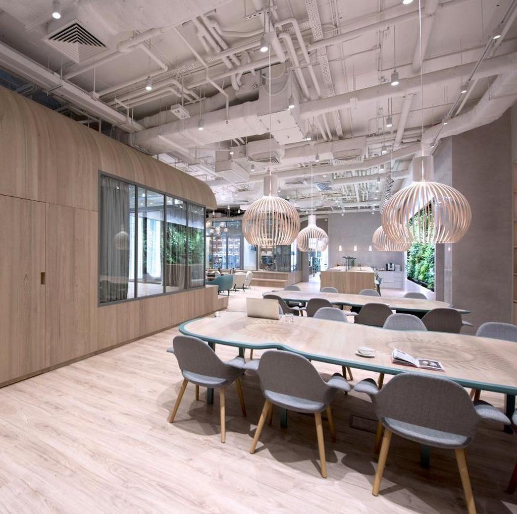 "Tren ""Coworking Space"": Inovasi atau Isolasi Sosial?"