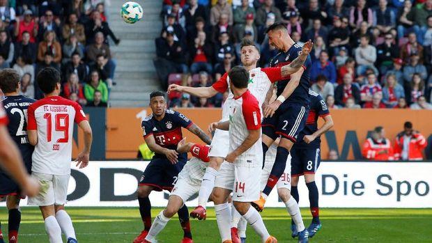 Sandro Wagner mencetak gol keempat Bayern Munchen.