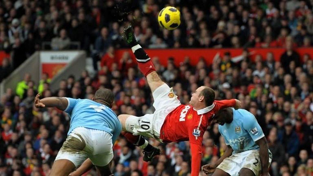 Rooney: Tendangan Saltoku Lebih Bagus daripada Ronaldo