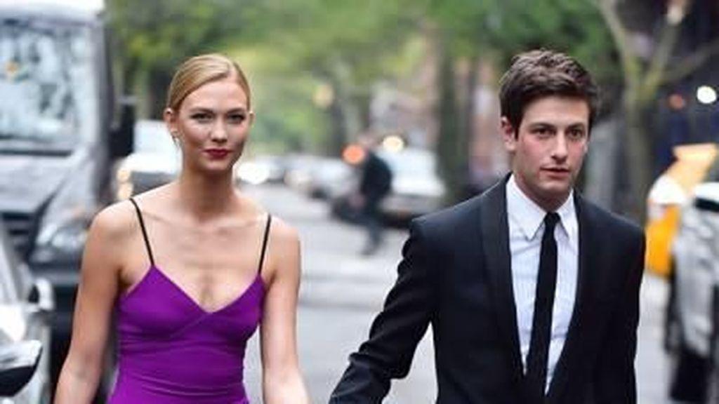 Karlie Kloss, Model Cantik yang Bikin Adik Ipar Ivanka Trump Kepincut
