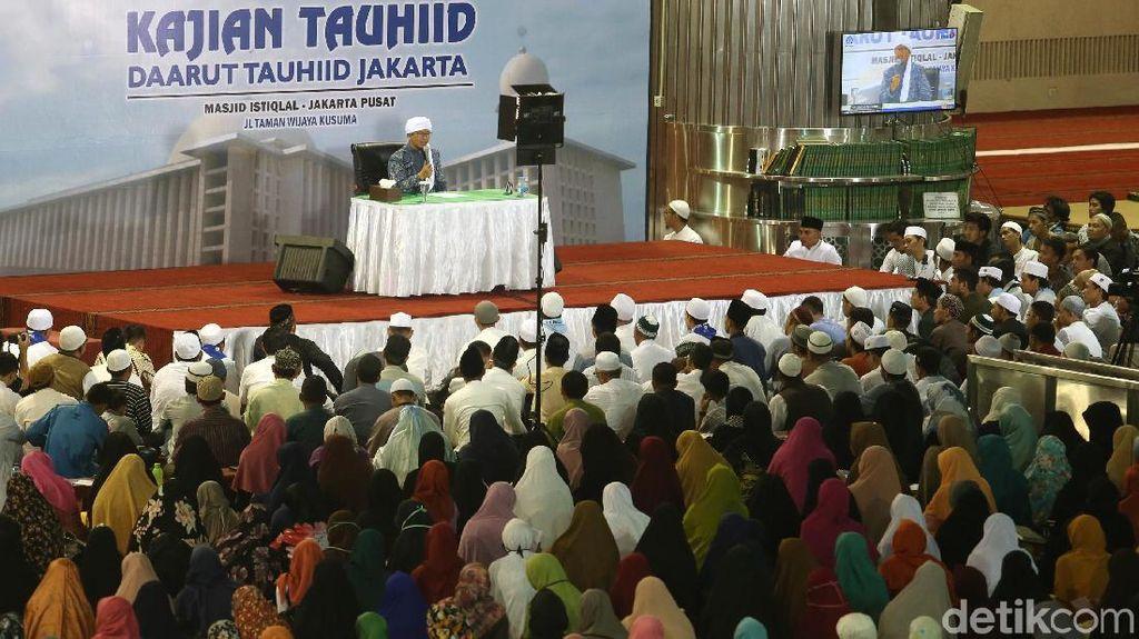 Kajian Tauhiid Aa Gym di Masjid Istiqlal