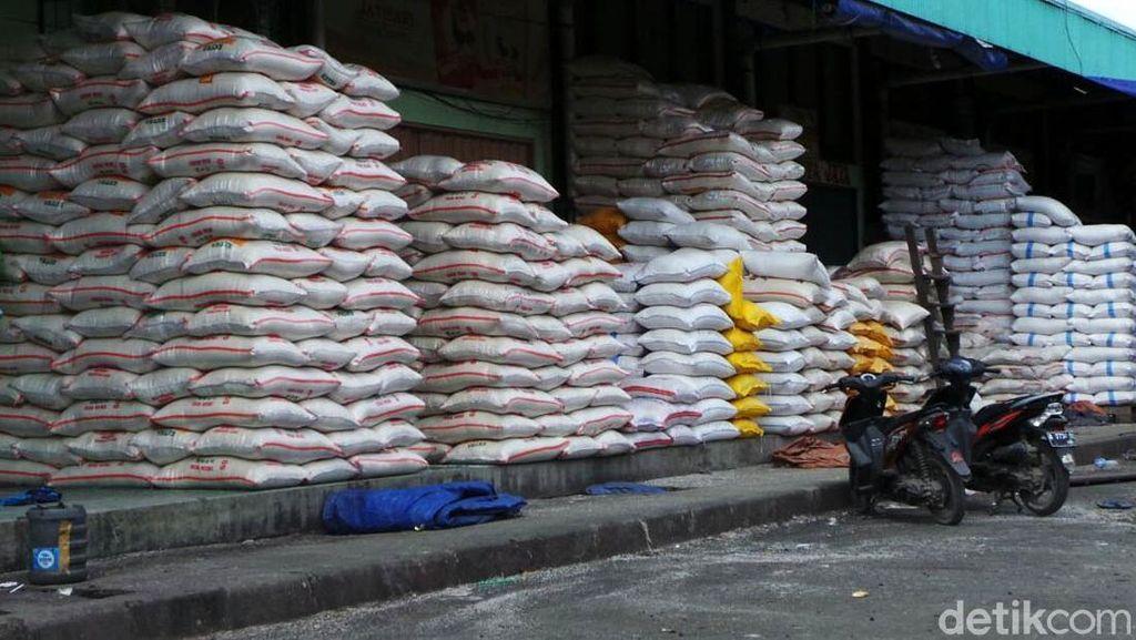 Ada Beras Medium Dijual di Atas HET, Kementan: Ulah Pedagang