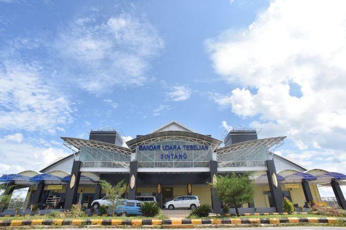 Bandara Tebelian di Kabupaten Sintang