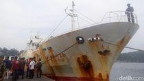 TNI AL Tangkap Kapal Buronan Interpol di Aceh, 30 ABK Diamankan