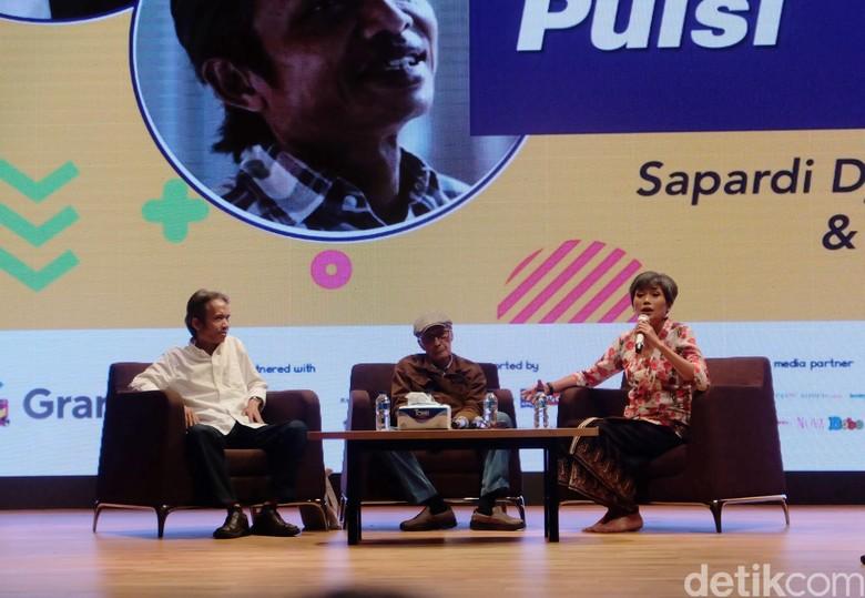 Menyayangi Puisi ala Sapardi Djoko Damono dan Joko Pinurbo Foto: Tia Agnes/ detikHOT