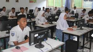 Saat IG Kemdikbud Diserbu Siswa SMA Gara-gara Sulitnya UNBK