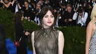 Baru 28 Tahun, Putri Kurt Cobain Habiskan Warisan Rp 165 M