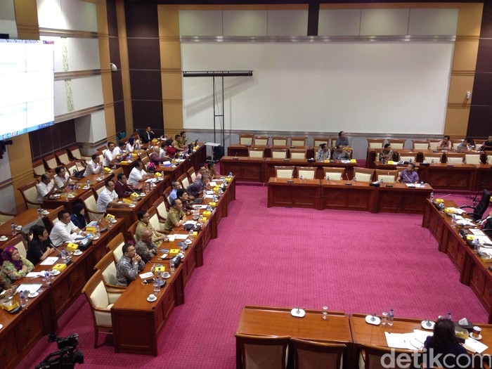 Suasana rapat di Komisi I DPR RI. Foto: Agus Tri Haryanto/detikINET