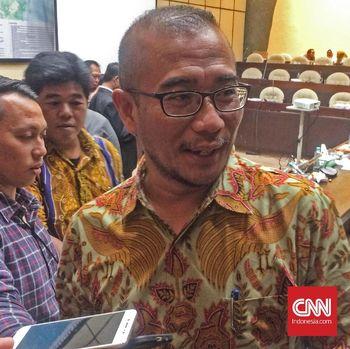 Perbandingan Dana Kampanye Awal Jokowi-Ma'ruf dan Prabowo-San