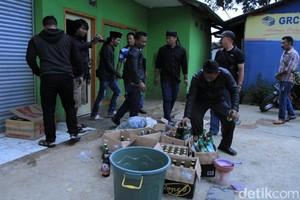 Tewaskan 23 Orang, 2 Penjual Miras di Cicalengka Jadi Tersangka