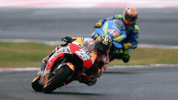 Hubungan Dani Pedrosa dan Marc Marquez mulai renggang di MotoGP 2018.