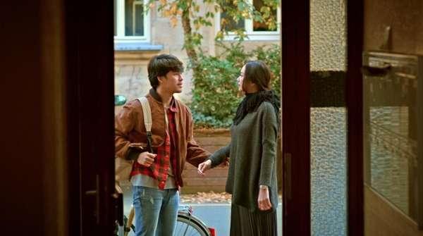 Selain Ciuman, Ini Kemesraan Aura Kasih dan Morgan Oey di Arini