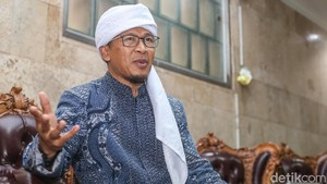 Pesan Aa Gym untuk Jokowi Vs Prabowo