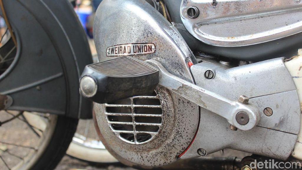Pakai Moped, Bebas dari Tilang