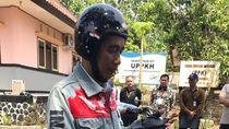 Kata Pembuat Jaket Jokowi Soal Peta Indonesia yang Tampil Terbelah