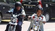 Tentang Chopper dan Sneakers Jokowi yang Diungkit Demokrat