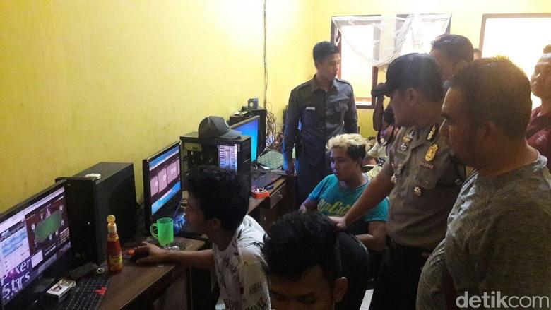 Kasus Judi Online, 5 Pemuda Cirebon Jadi Tersangka