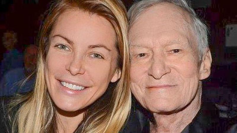 Adalah Crystal Hefner, istri ketiga dan terakhir dari mendiang almarhum bos Playboy Hugh Hefner. Usai ditinggal pergi suaminya yang berselisih umur 60 tahun, Crystal sering traveling (crystalhefner/Instagram)