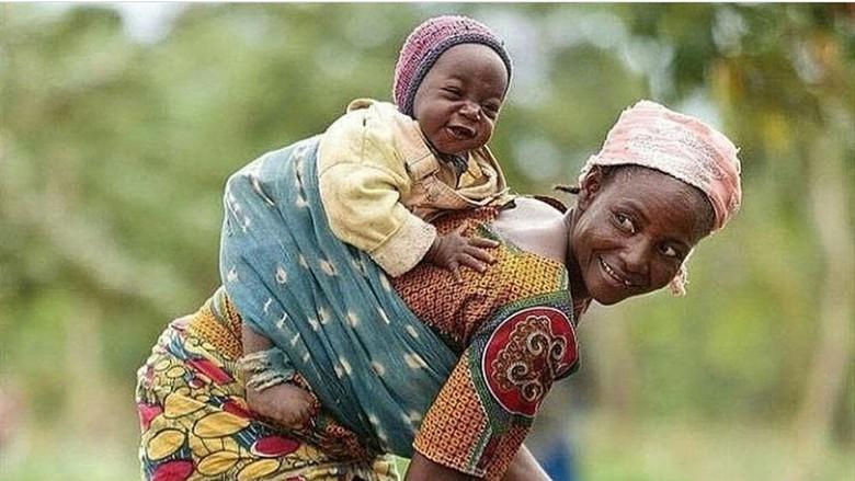 Ilustrasi ibu menggendong anak (Foto: Instagram/ Istimewa)