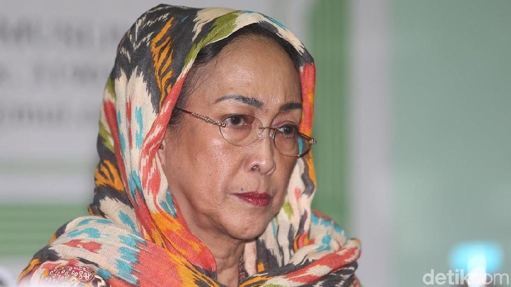 Polisi Setop Penyelidikan Kasus Puisi 'Ibu Indonesia' Sukmawati