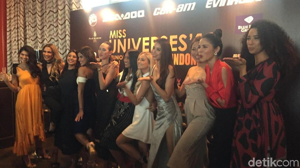 Finalis Miss Universe 2015 Reunian di Indonesia