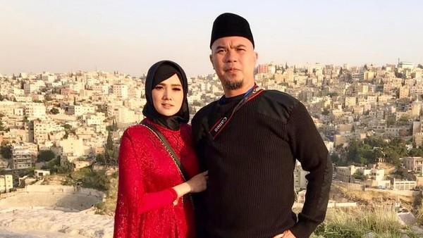 Hakim Kabulkan Permohonan Ahmad Dhani dan Mulan Jameela Ganti Nama