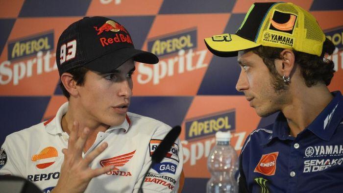Marc Marquez menyindir Valentino Rossi saat membicarakan kecelakaan di Jerez (Mirco Lazzari gp/Getty Images)