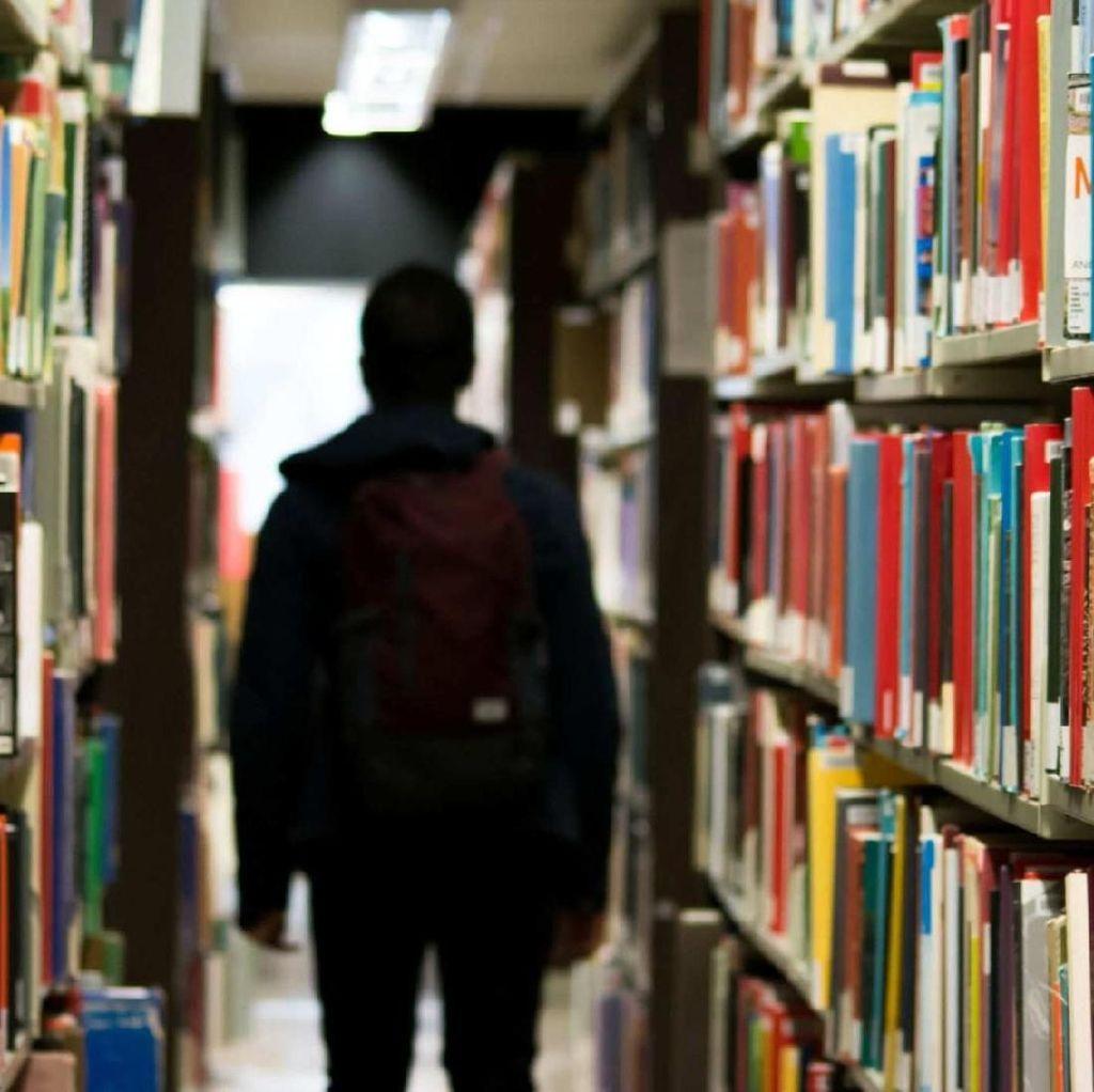 Dipinjam Mahasiswa, Ribuan Buku Perpustakaan Tidak Dikembalikan