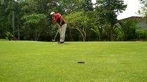 Tengok Lapangan Golf Mini di Blitar, Tak Luas Tapi Menantang